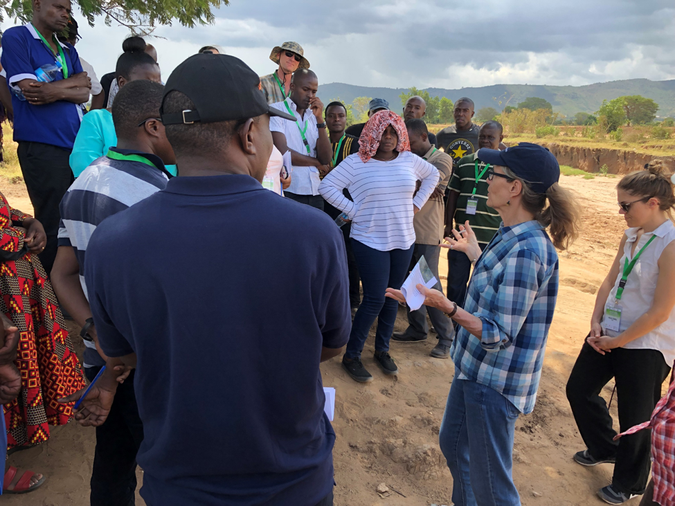 Louise Buck, Director of Collaborative Management Innovation at EcoAgriculture Partners and chair of the Cornell Ecoagriculture Working Group, explaining to the participants the concept of a landscape during the field trip organized as part of the training. ©USDA
